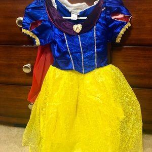 Disney Snow White Costume Size 7/8 New
